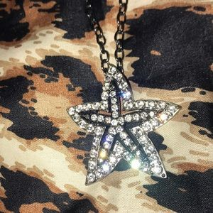 Bling star necklace